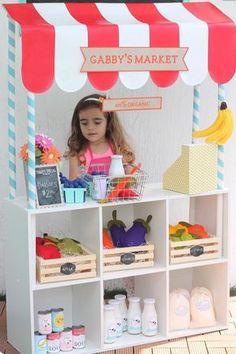 Kid's Pretend Play Market DIY shop on shelf - simply brilliant! Play Market, Kids Market, Play Kitchens, Diy For Kids, Crafts For Kids, Toy Rooms, Kids Furniture, Luxury Furniture, Bedroom Furniture