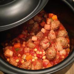 Boulettes de bœufs orientales #UltraPro #croustiflex My Favorite Food, Favorite Recipes, Couscous, Pot Roast, Sausage, Food And Drink, Meat, Cooking, Ethnic Recipes