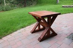 Built this pretty side table for less than $20 in framing lumber : DIY
