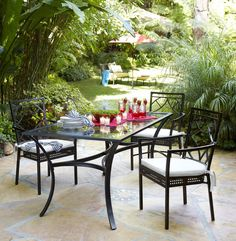 The La Palma Collection takes dining room elegance to the great outdoors