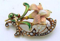 STUNNING Art Nouveau 14K Yellow Gold Brooch w/ Diamond, Enamel & Seed Pearls