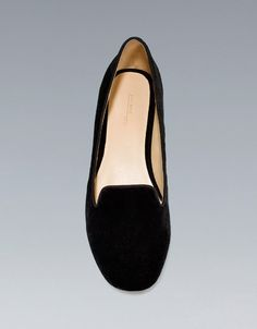 BASIC VELVET SLIPPER - Shoes - ZARA love the style and fabric. So classic