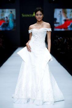 Shinta Dewi, Spring-Summer 2017, Jakarta, Womenswear Jakarta Fashion Week, Business Fashion, One Shoulder Wedding Dress, Women Wear, Spring Summer, Wedding Dresses, Bride Dresses, Bridal Gowns, Wedding Dressses