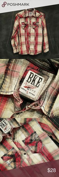 🎊New Years SALE! BKE Vintage boys BKE Vintage boys western button up shirt. Size: L 14-16 Washed plaid button up shirt, western back design, pearl black buttons, double pocket with style, contrast trim. No sign of wear, Never been in dryer! Excellent condition!  SMOKE FREE HOME BKE Shirts & Tops Blouses