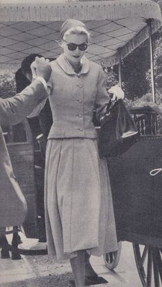 Grace Kelly with her Kelly Bag (Hermès), 50s