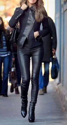 Ladies in Black https://www.facebook.com/AnGDesignHandmadestudiO/photos/a.481389138631900.1073741858.238564979580985/487910341313113/?type=3