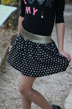Sewing an elastic band on a skirt: the 10 steps Couture Day Easy Hairstyles For Kids, Diy Hairstyles, Simple Dresses, Short Dresses, Diy Jupe, Steps Dresses, Sewing Online, Fashion Design Drawings, Rock