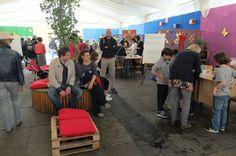 """14 Maggio: in piazza della Steccata laboratori scientifici e di gioco per i bambini per la festa finale del progetto """"Crescere in armonia""""."""