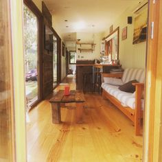 Casa Container Coyhaique. - Minicasa en alquiler en Coyhaique, XI Región, Chile Shipping Container Design, Cargo Container Homes, Container Architecture, Sustainable Architecture, 2 Bed House, Dome House, Earth Homes, Natural Building, Modern Design