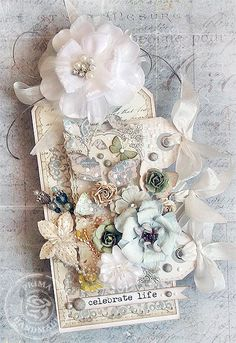 Gorgeous tag for Prima by Karola Witczak.