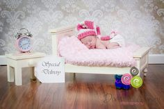 Dakota's newborn pictures