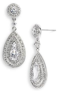 pear drop earrings http://rstyle.me/n/tdkqapdpe