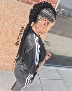 Top 60 All the Rage Looks with Long Box Braids - Hairstyles Trends French Braid Hairstyles, Try On Hairstyles, Box Braids Hairstyles, Trending Hairstyles, Cornrows Hair, Locs, Hairstyles Videos, Updo Hairstyle, Afro Hair Style