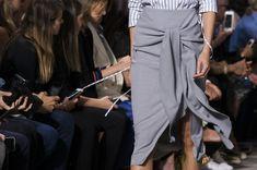 Jason Wu at New York Fashion Week Spring 2018 - Details Runway Photos