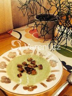 Nejlepší brokolicová polévka na světě. Vynikající recept. Vareni.cz - recepty, tipy a články o vaření.