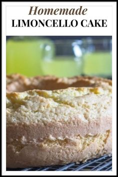 A refreshing simple Limoncello Cake, the perfect dessert or perfect with a cup of tea or coffee. A sprinkling of Powdered Sugar is all it needs. Limoncello Cake, Homemade Limoncello, Homemade Cake Recipes, Cupcake Recipes, Fun Cupcakes, Cupcake Cakes, Italian Cake, Caramel Frosting, Powdered Sugar