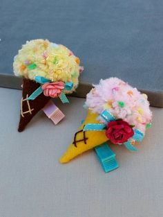 Check out this item in my Etsy shop https://www.etsy.com/listing/243026945/ice-cream-cone-felt-alligator-hair-clip