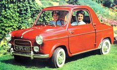 Small and Mighty - The Vespa 400 Microcar – Voices of East Anglia Vespa 400, American Graffiti, Scooters Vespa, Vintage Cars, Antique Cars, Lambretta, Strange Cars, Microcar, Engin