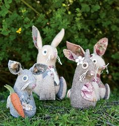 From Countryside Softies. These are hysterical. Might have to sew them and the fox!