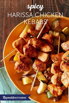 Place these delicious Spicy Harissa Chicken Kebabs over vegetables and cook them in a Reynolds Wrap® Foil packet for amazing flavors! Paleo Cabbage Recipes, Turkey Recipes, Healthy Recipes, Cooking Lobster Tails, How To Cook Lobster, Harissa Chicken, Pro Cook, Foil Packet Meals, Cooking White Rice