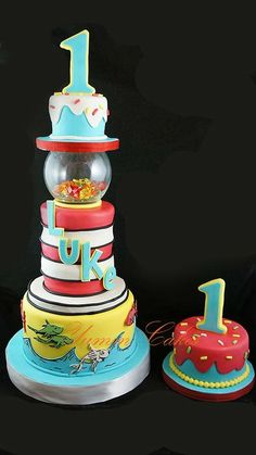 Dr. Seuss: One Fish, Two Fish - by RobinYummCakes @ CakesDecor.com - cake decorating website