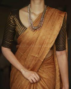 Simple Saree Designs, Fancy Blouse Designs, Cotton Saree Blouse Designs, Silk Kurti Designs, Latest Silk Sarees, Designer Silk Sarees, Stylish Blouse Design, Saree Trends, Stylish Sarees