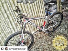 #Repost @aryaapriansyah  My Bike  #mybike #cycling #mtblife #mtblove #mountainbikes #gowes #gowesholic #goweser #igrsmtb #instabike #mtb #mybikemyadventure #pacific #mtbindonesia #lovemtb #nusantarariders #crosscountry #sepeda #sepedaan #sepedagunung #pacificbikes #pacificbikerider #sepeda #sepedagunung #bersepeda #gowes #hardtail #mountainbike #mtbindonesia #crosscountry