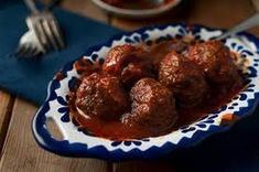 Greek Venison Meatballs in Cinnamon Anchovy & Tomato Sauce (I may skip bulgur wheat or substitute with oat flakes/flax meal/psyllium husk, and exchange wine vinegar for wine) Deer Recipes, Fish Recipes, Game Recipes, Venison Recipes, Meatball Recipes, Cooking Venison, Venison Meatballs, Healthy Meats, Greek Cooking