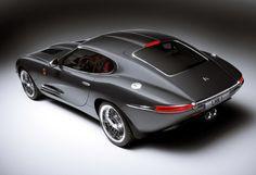 Lyonheart, retro Jaguar X-type.