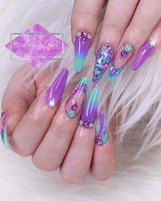 Learn How To sell your photos online easily And Make Profits. Cute Acrylic Nail Designs, Best Acrylic Nails, Beautiful Nail Designs, Beautiful Nail Art, Fabulous Nails, Perfect Nails, Gorgeous Nails, Funky Nail Art, Diamond Nails