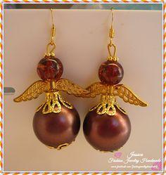 Art. Christmas - Orecchini Angeli bronzo  angeli realizzati con perle di colore bronzo,minuteria e filigrana dorata   #fashionjewelryhandmade #earrings #christmas #holidaygift