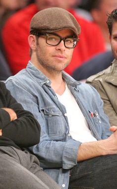Chris Pine sits courtside at the Lakers vs. Hornets game at the Staples Center on Tuesday (January 29, 2013) in Los Angeles.