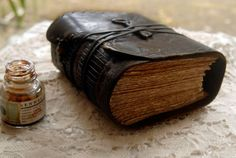 The Storyteller - Thick Brown Leather Journal, Over 380 Tea-Stained Pages, Vintage Key - OOAK