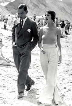 This dapperness surely has modern beach style beat, wouldn't you say?