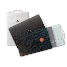 Minimalist Sleek Wallets
