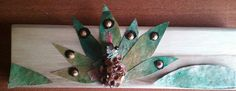 Pavo Real hojas eucalipto