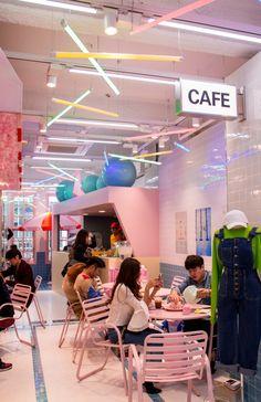 Popular Korean Brand Stylenanda to Open Flagship 'Pink Hotel' Store in Bangkok This November! Restaurant Interior Design, Shop Interior Design, Cafe Design, Retail Design, Store Design, Cafe Shop, Cafe Bar, Cafe Restaurant, Pink Hotel