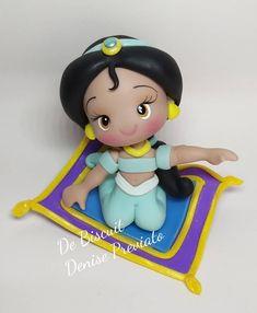 "Denise Previato on Instagram: ""Princesa Jasmine.  Encomendas a partir de junho.  #arteembiscuit  #topodeboloembiscuit #festajasmine #aladimejasmine #biscuitnafesta"""