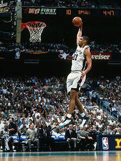 Tim Duncan: A Career Retrospective