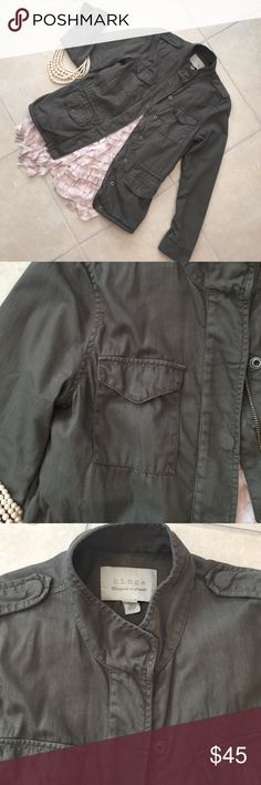 Nordstrom Hindge jacket Fabulous Hindge Utility jacket from Nordstrom features front zip closure with snap placket, point collar, long sleeves with button cuffs, chest and hip flap pockets, inside waist drawstring 100% cotton, fully lined very nice condition Nordstrom Jackets & Coats Utility Jackets