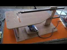 Guía para cortes rectos con sierra de calar de mesa - YouTube