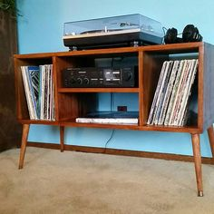 Record Player Cabinet in Mid-Century Modern Style Turntable  Stand with Vinyl Album Storage ... All