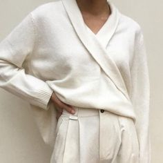 (Fashion Gone rouge) Love white on white! The post (Fashion Gone rouge) appeared first on Beautiful Daily Shares. Look Fashion, Trendy Fashion, Fashion Design, Fashion Mode, Fashion Outfits, Fashion Gone Rouge, Beige Outfit, Look 2018, Inspiration Mode