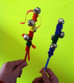 May Day Jingle Sticks! An easy craft to celebrate the Spring or for music and movement fun! Music Crafts, Bible Crafts, Music Activities, Activities For Kids, Music For Toddlers, Toddler Music, Easy Crafts, Crafts For Kids, Instrument Craft