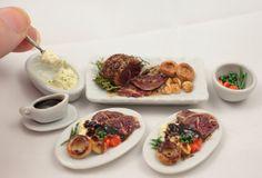 Miniatures. Roast beef dinner for 2