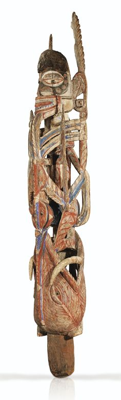 FIGURE, NORTH OF NEW IRELAND (Papua New Guinea)
