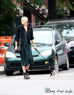 Agyness Deyn saves her look with Marc Jacobs