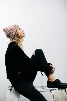 minimal and chic street look. fall style. winter style