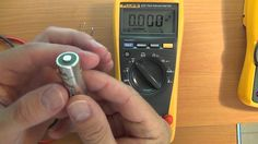 How to use a Multimeter for beginners: Part 1 - Voltage measurement / Multimeter tutorial