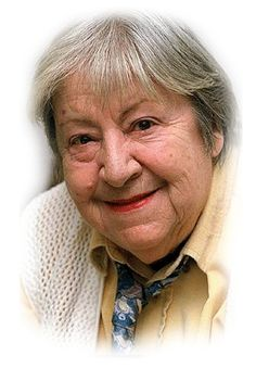 Gloria Fuertes García (Madrid, 28 de julio de 1917 - ibídem, 27 de noviembre de 1998) es uno de los referentes de la literatura infantil española del siglo XX. Aunque son muchas las facetas literarias y musicales que cultivó, la dedicada a la producción para niños es la más conocida. Entre muchos otros premios, fue galardonada con el diploma de Honor del Premio Internacional de Literatura Infantil Hans Christian Andersen.